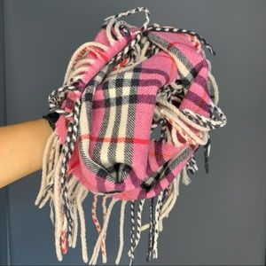🧫  Pink Burberry Classic Scarf  🧫